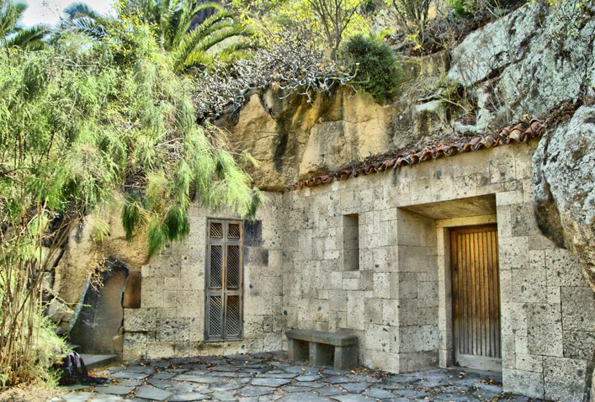Cueva de Sventenius. Manuel M. Almeida -