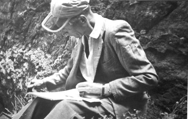 Sventenius tomando notas, 1956 -